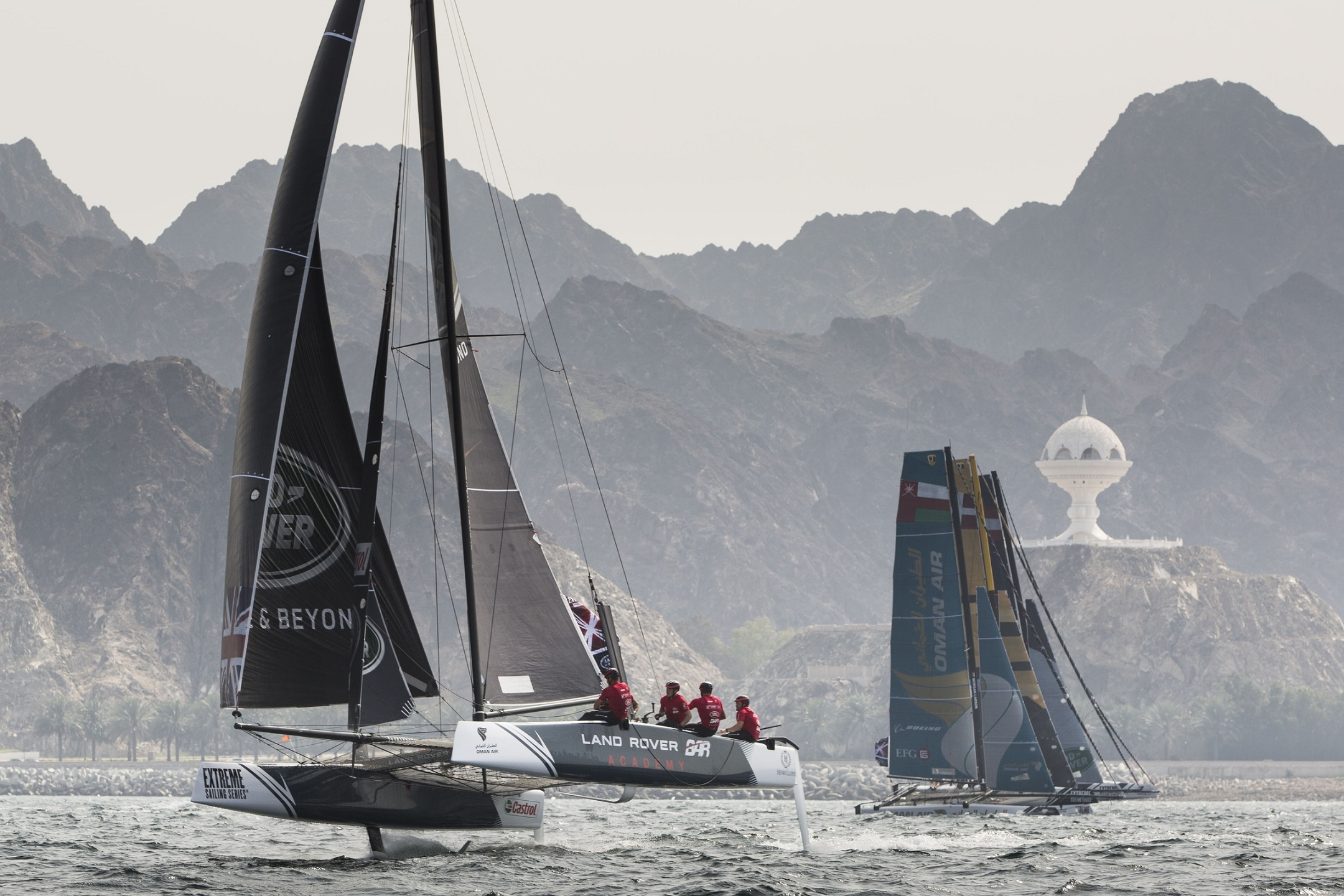 Stunning display from Oman Air in Muscat to open 2016 Extreme Sailing Series