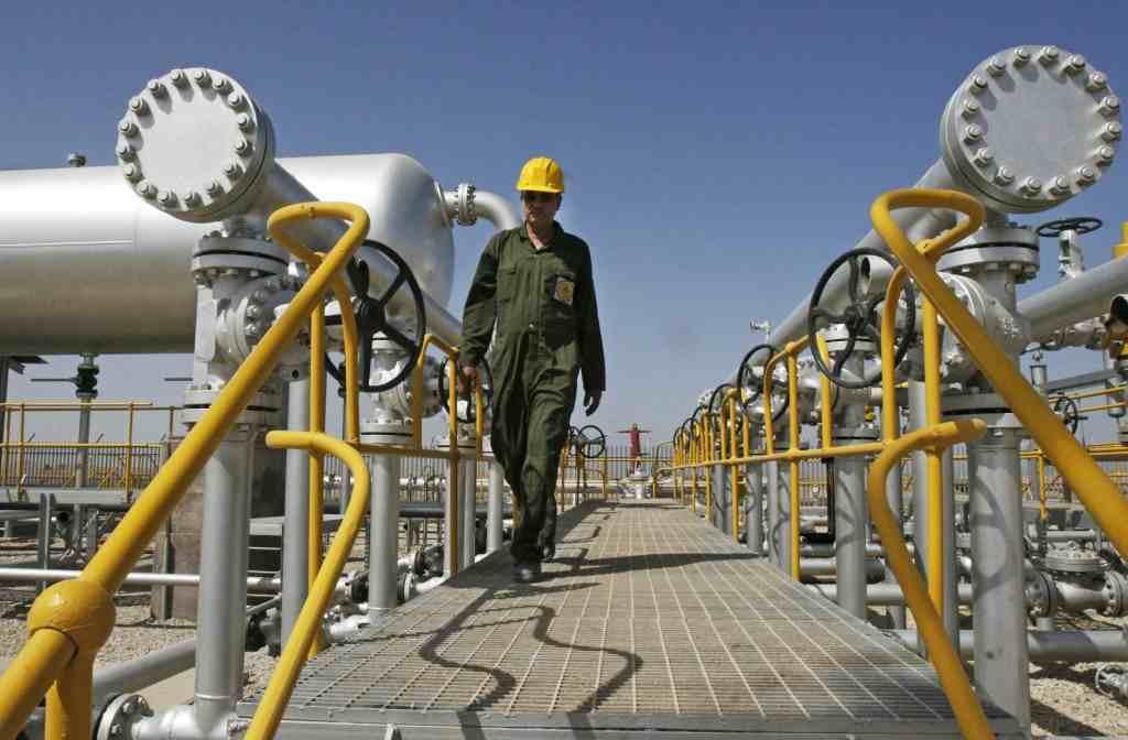 السعودية تخسر حصتها في سوق النفط أمام منافسيها