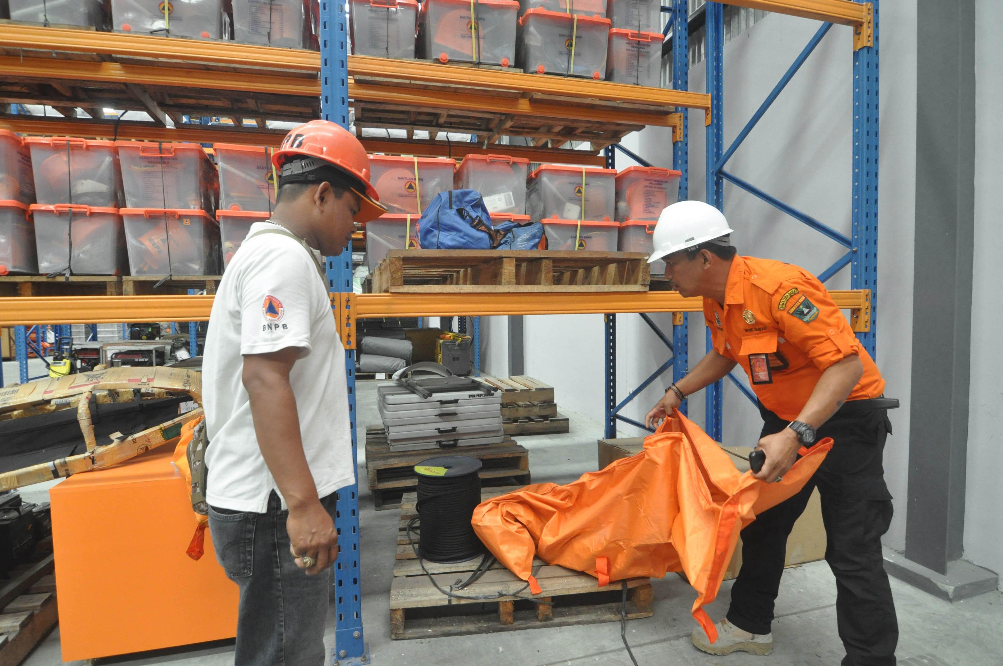 Indonesia issues tsunami warning after massive 7.9 magnitude quake
