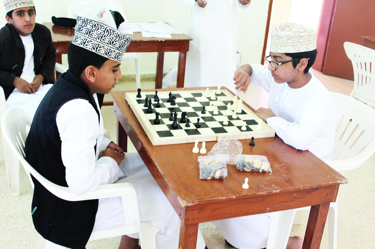 ختام التصفيات النهائية في السباحة والشطرنج على مستوى شمال الباطنة