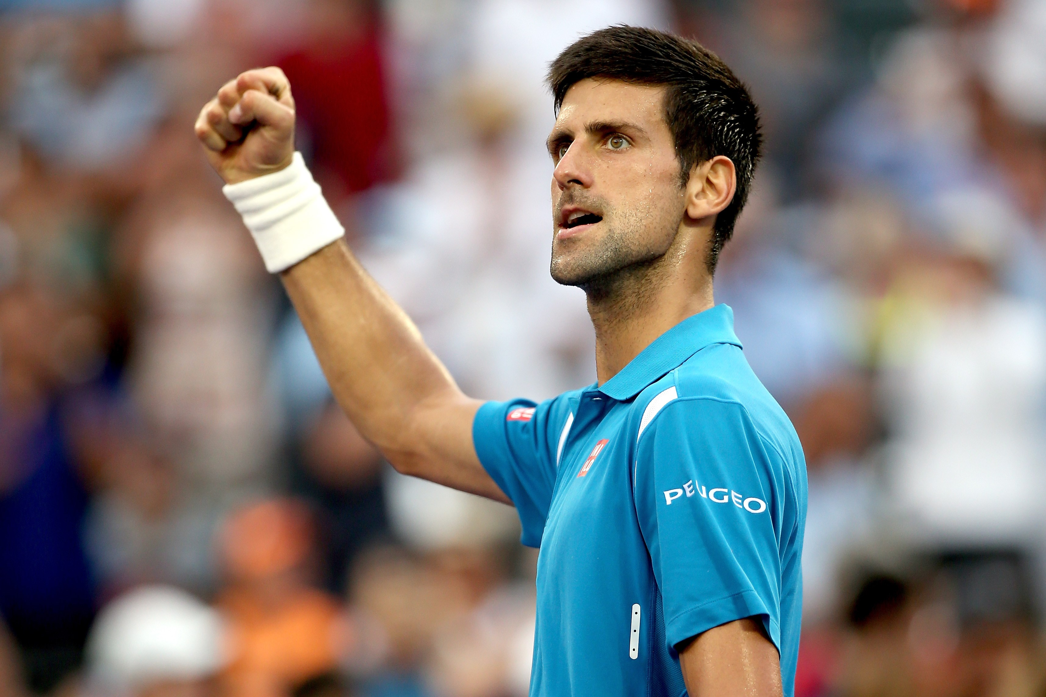 Djokovic into Miami quarters with win over Thiem