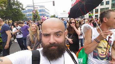 من لاجئ ..إلى أبواب الشهرة في ألمانيا