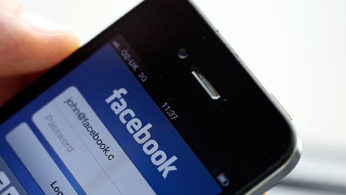 Facebook opens up its Messenger app to commerce