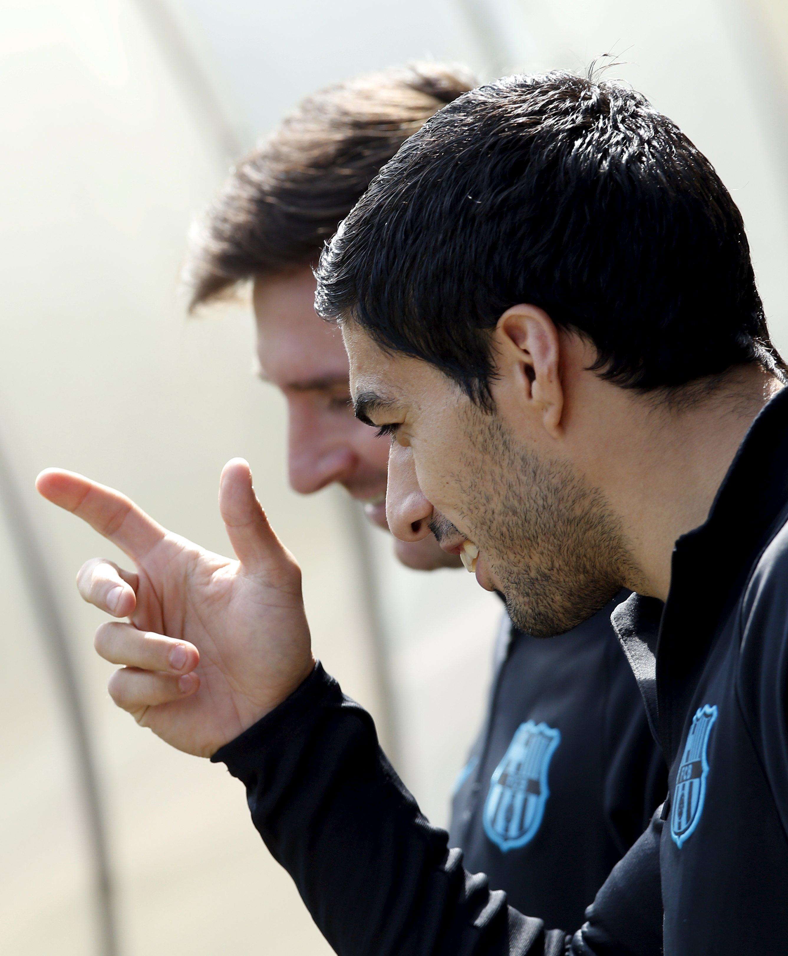 Misfiring Barcelona seek response at Atletico