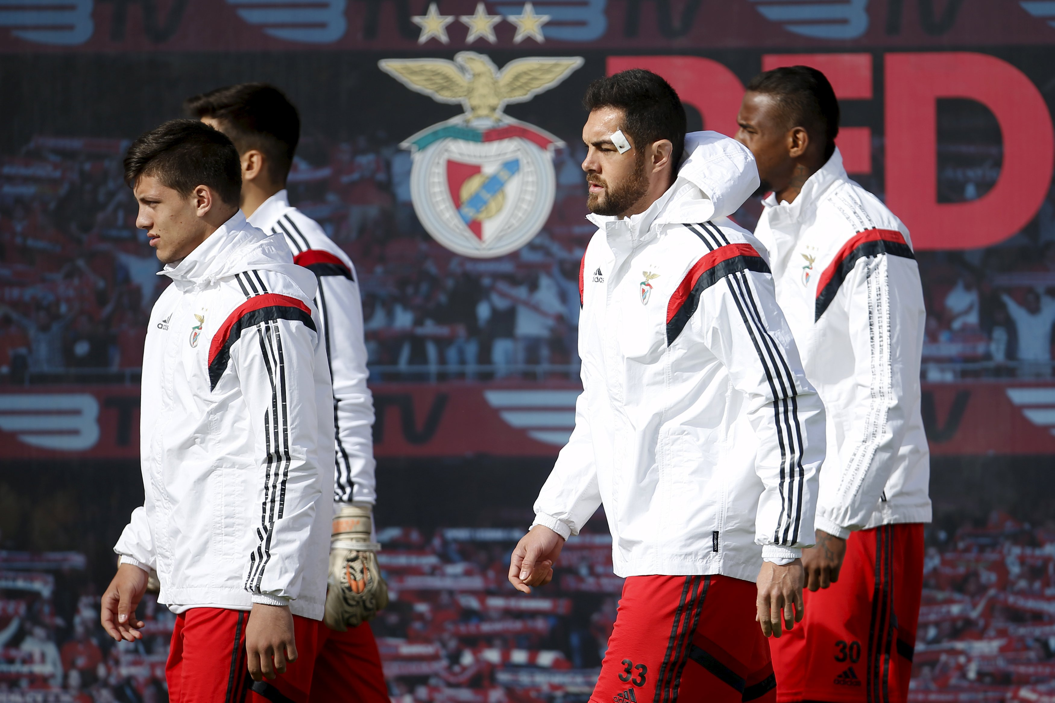 Benfica coach faces another test of ability to improvise