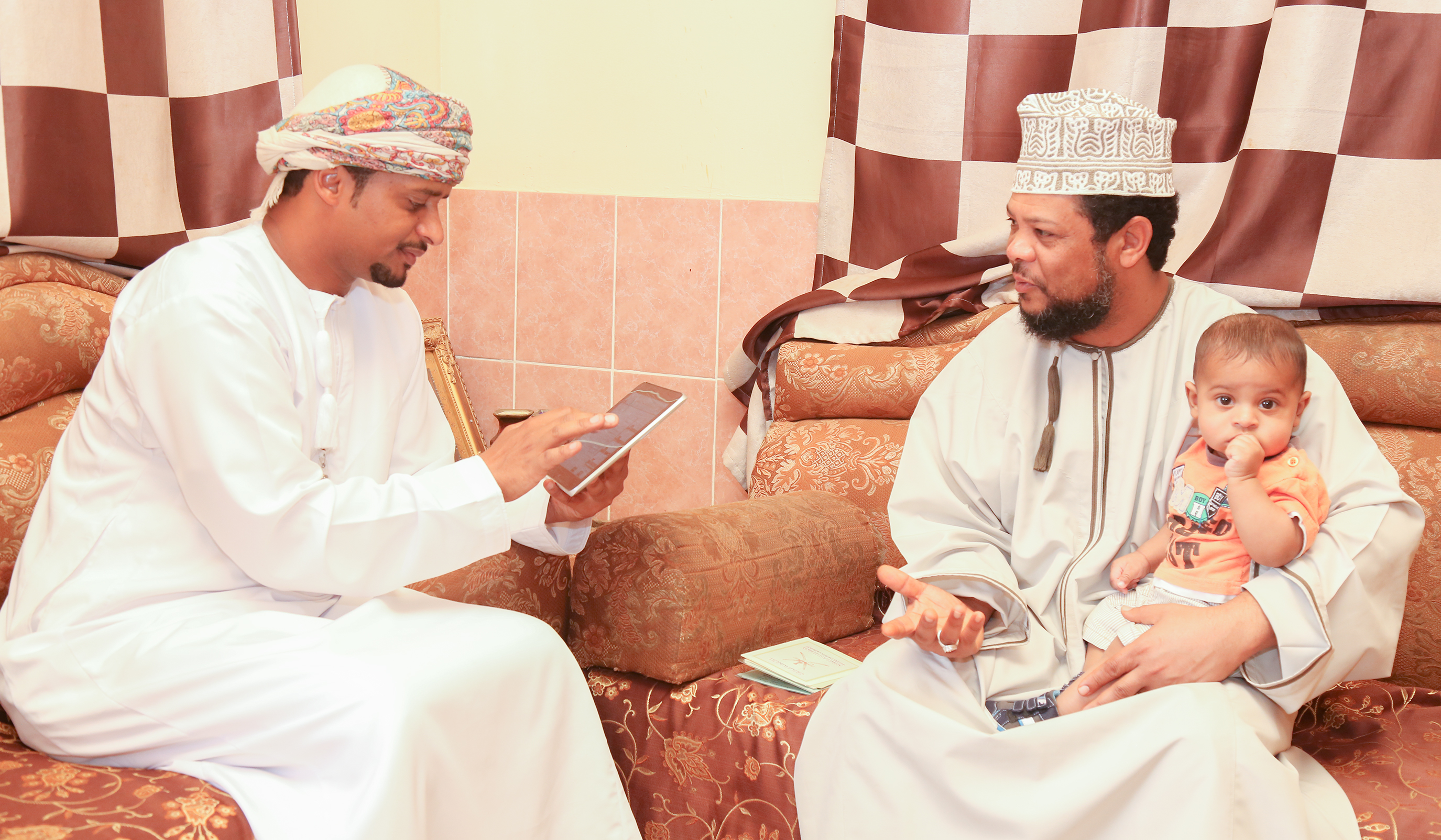 Survey to gauge Oman household access to ICT begins