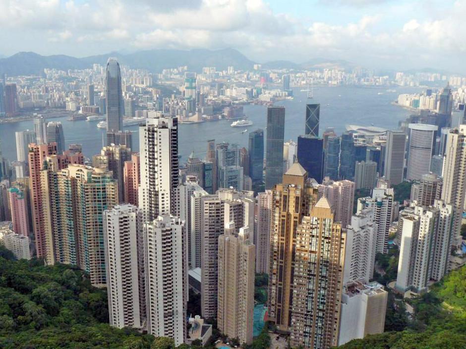 استقلال هونغ كونج تهدد الاقتصاد