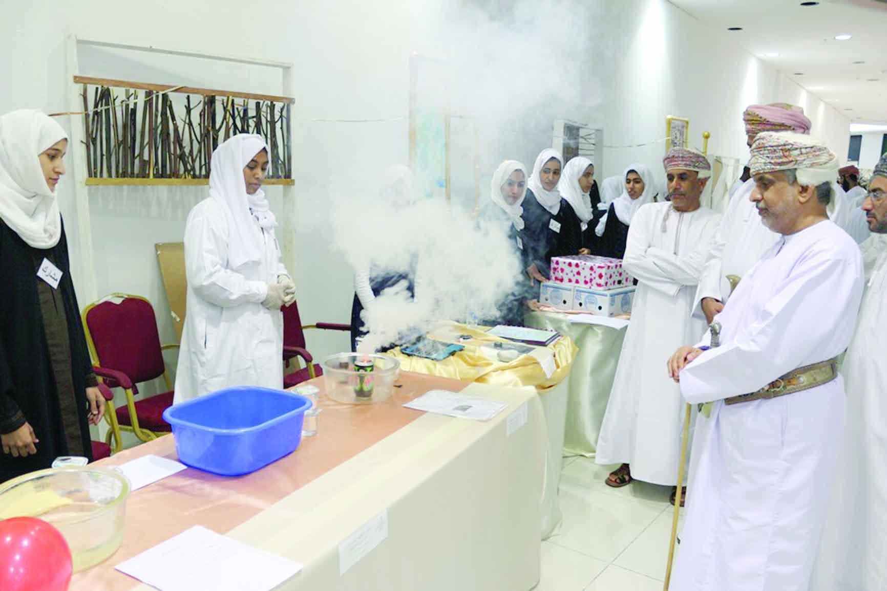 انطلاق فعاليات معرض المبتكرات العلمية الثالث لطلاب الداخلية