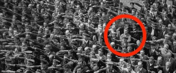 حكاية النازي الذي تحدى هتلر بسبب حبيبته