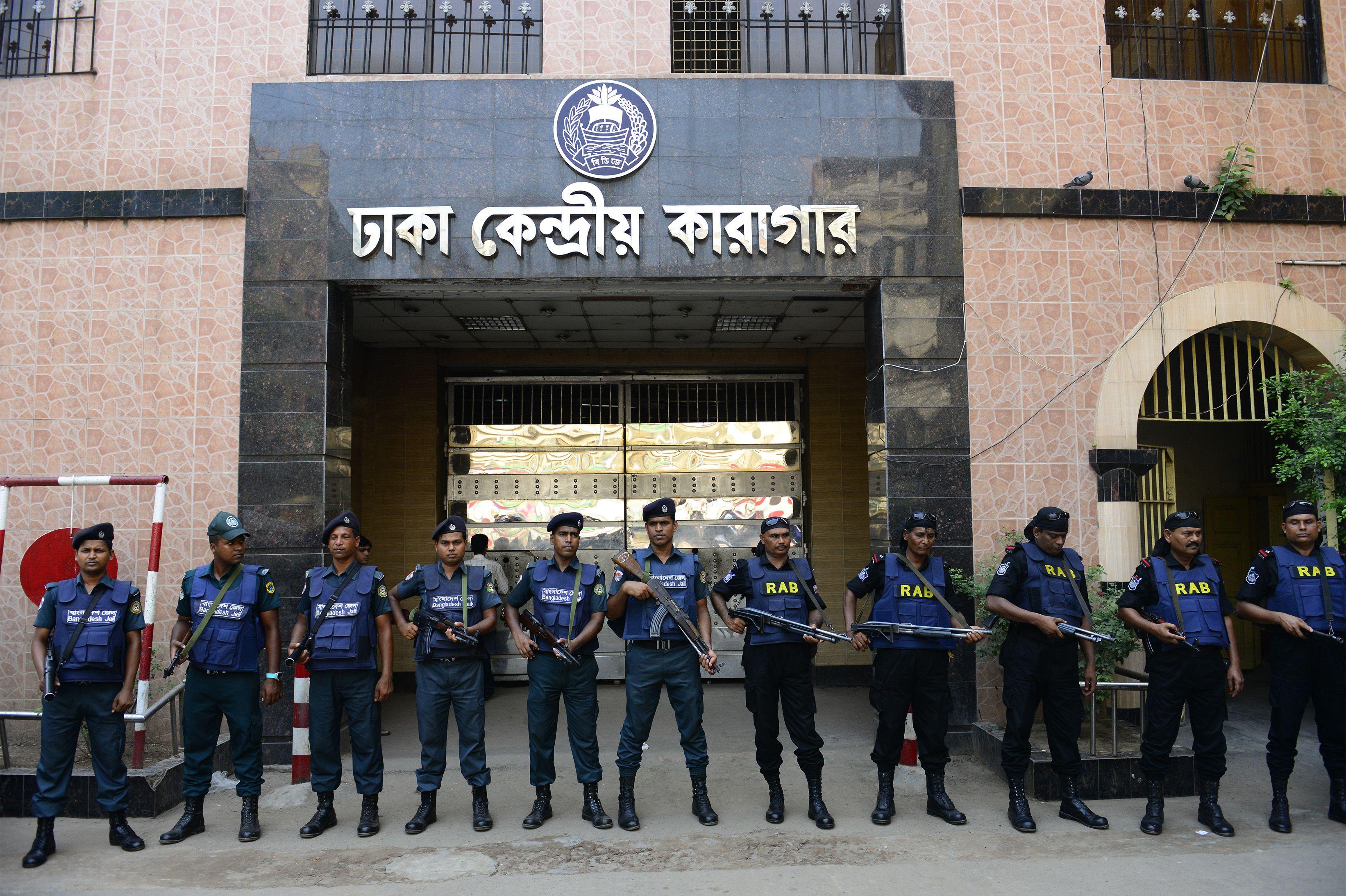 Bangladesh hangs top Jamaat-e-Islami party leader for war crimes