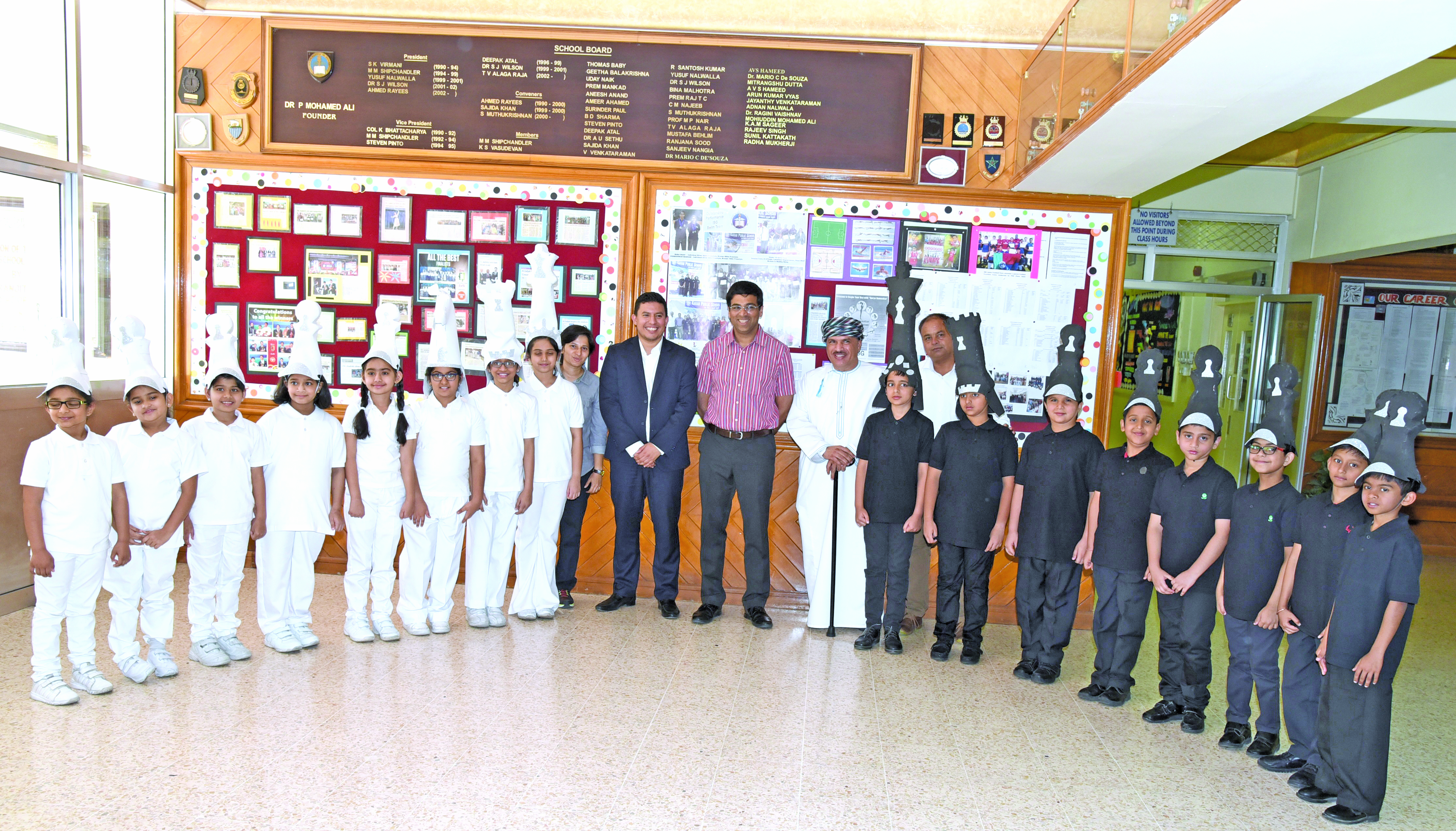ISG students accord unique welcome to chess legend Anand