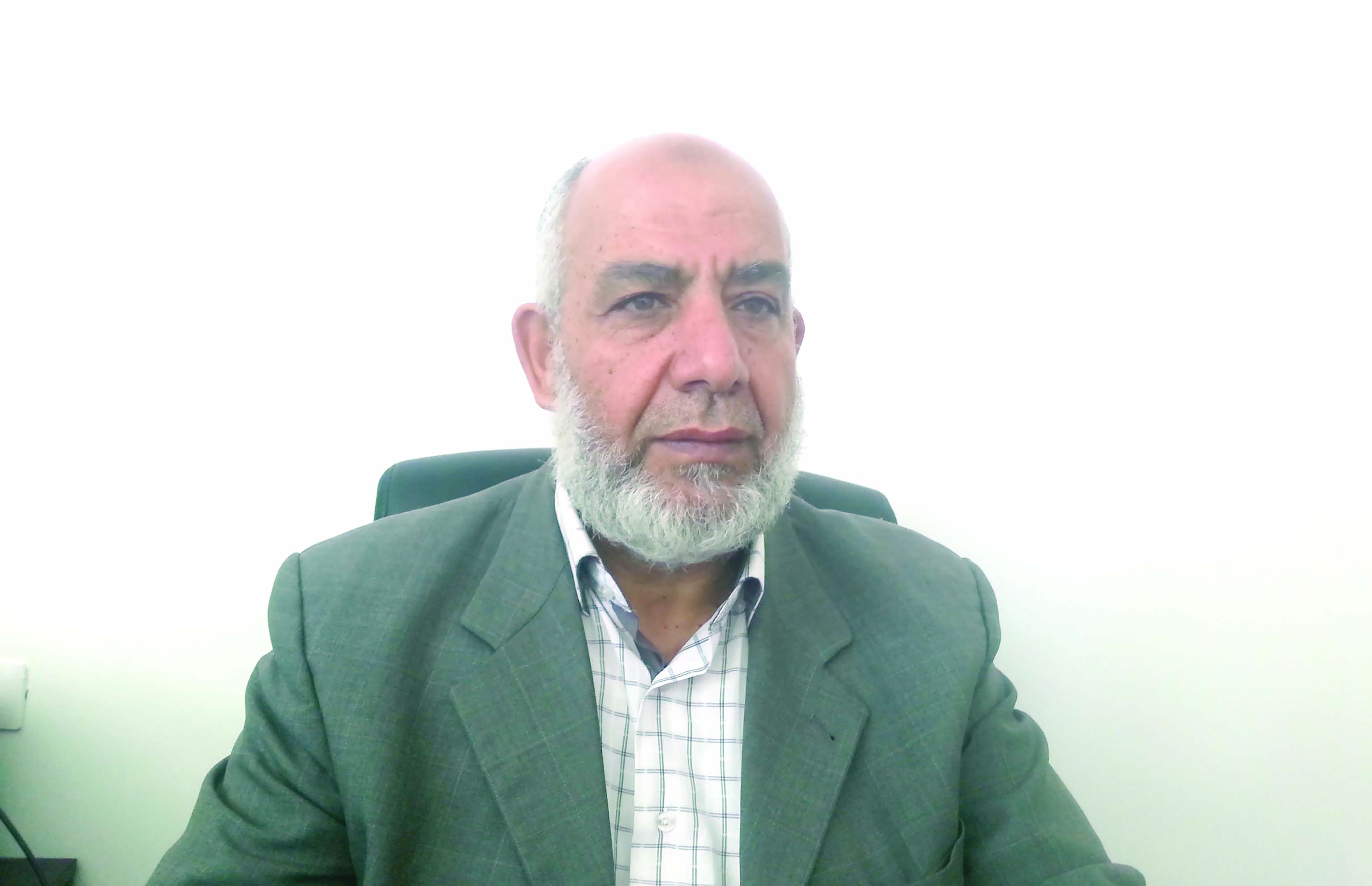 """مسؤول فلسطيني لـ """"الشبيبة"""": الاحتلال يكافئ المتطرفين"""