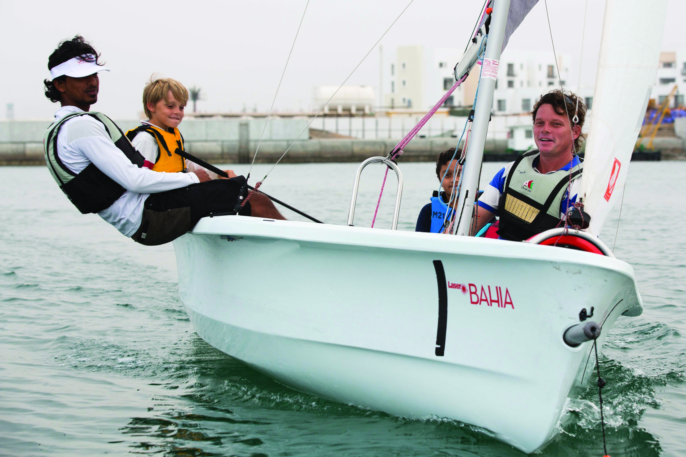 Try Recreational Sailing In Muscat