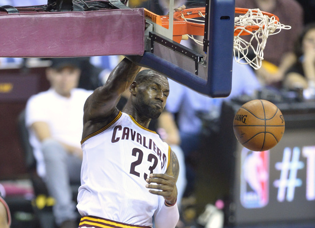 Cavaliers throttle Raptors, grab 3-2 series lead