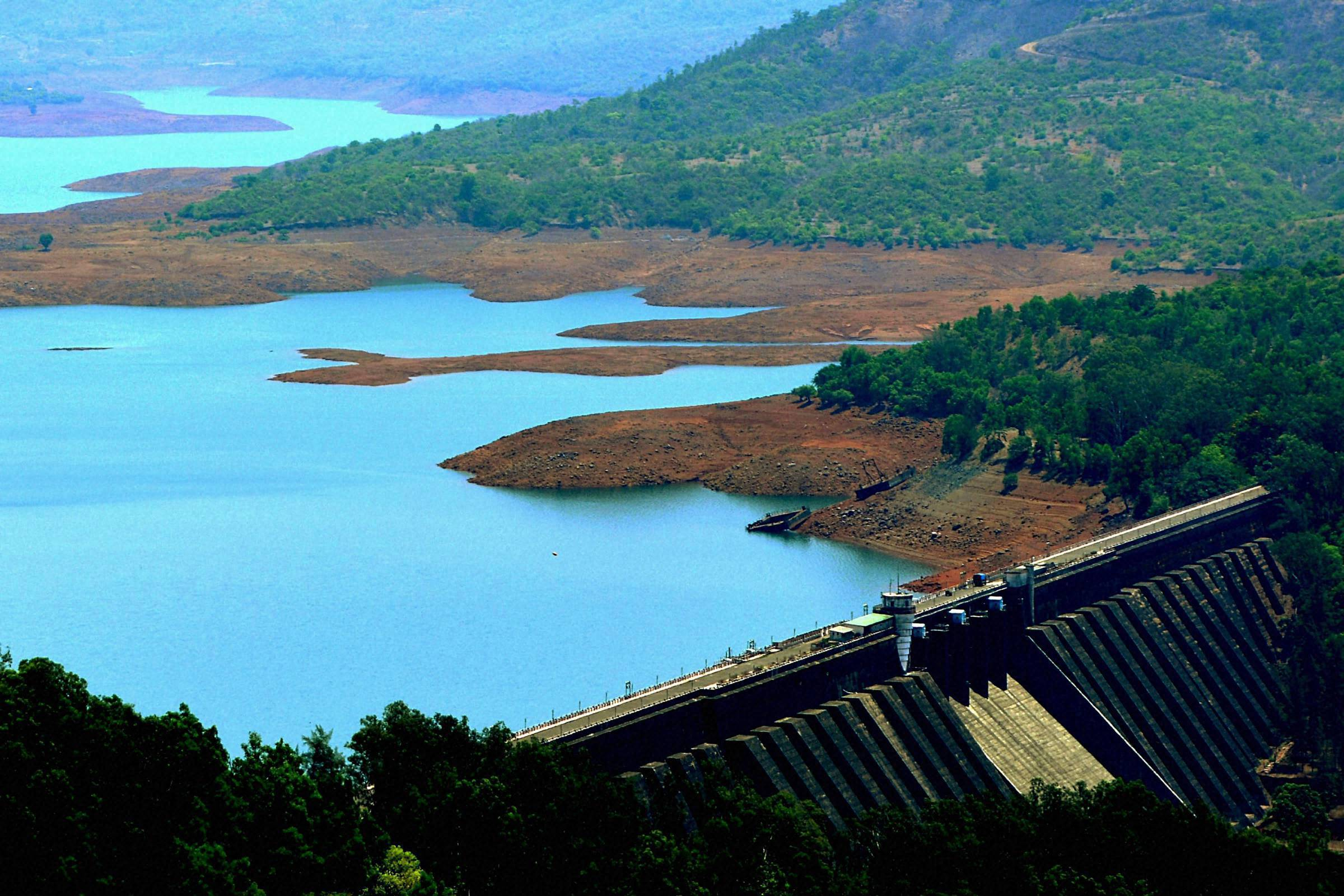 Water level dips in major reservoirs across India