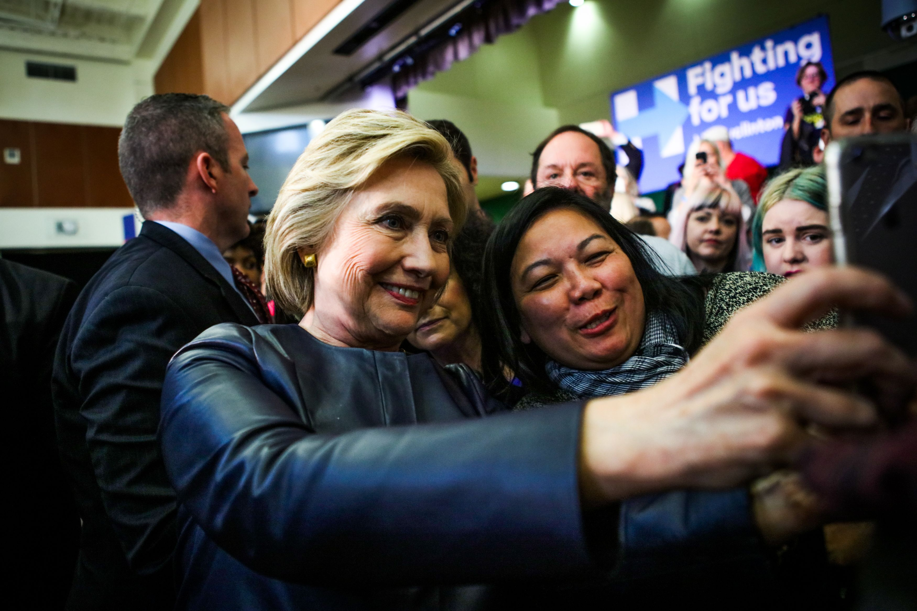 Clinton more likely to win U.S. presidency than Trump: PredictIt