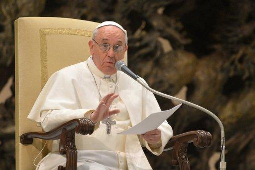 """البابا لوفد من الاطباء: """"صلوا لكي اصبح اكثر فقرا"""""""