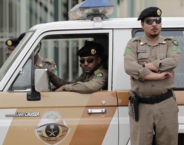 """مقتل رجل امن سعودي في تبادل اطلاق نار خلال احباط عمل """"ارهابي"""""""