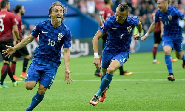 كأس اوروبا 2016: مودريتش يحسم المواجهة بين كرواتيا وتركيا