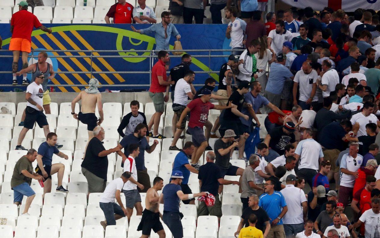 كأس اوروبا 2016: الاتحاد الاوروبي يهدد روسيا وانكلترا بالاستبعاد في حال تجددت اعمال الشغب