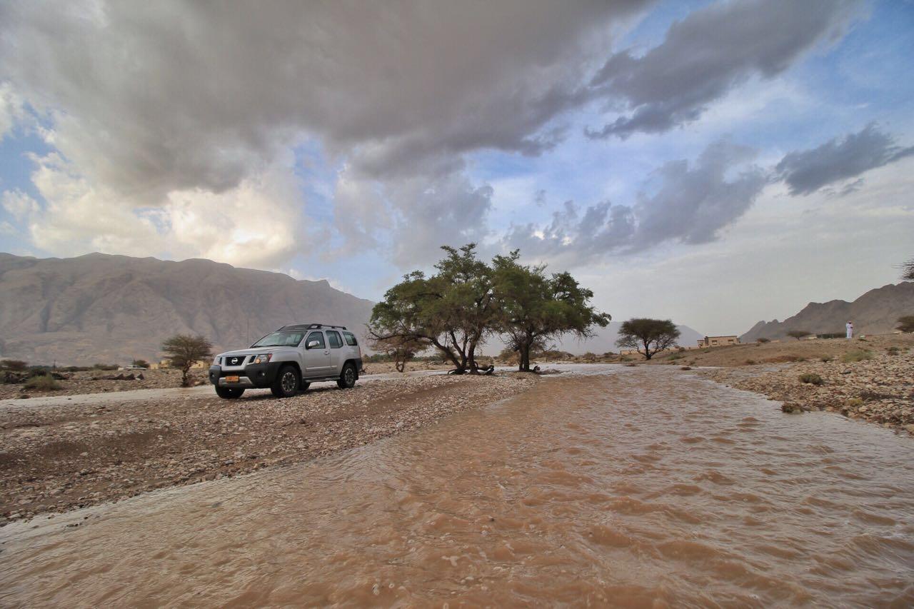 Oman weather: Heavy rain falls in Bahla