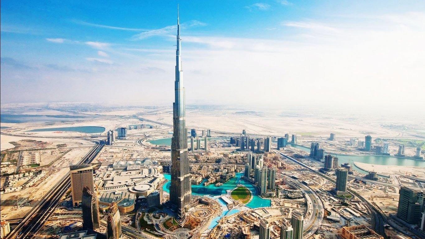 فنادق جديدة ومتنزهات ترفيهية تغذي شهية دبي لمزيد من السياح