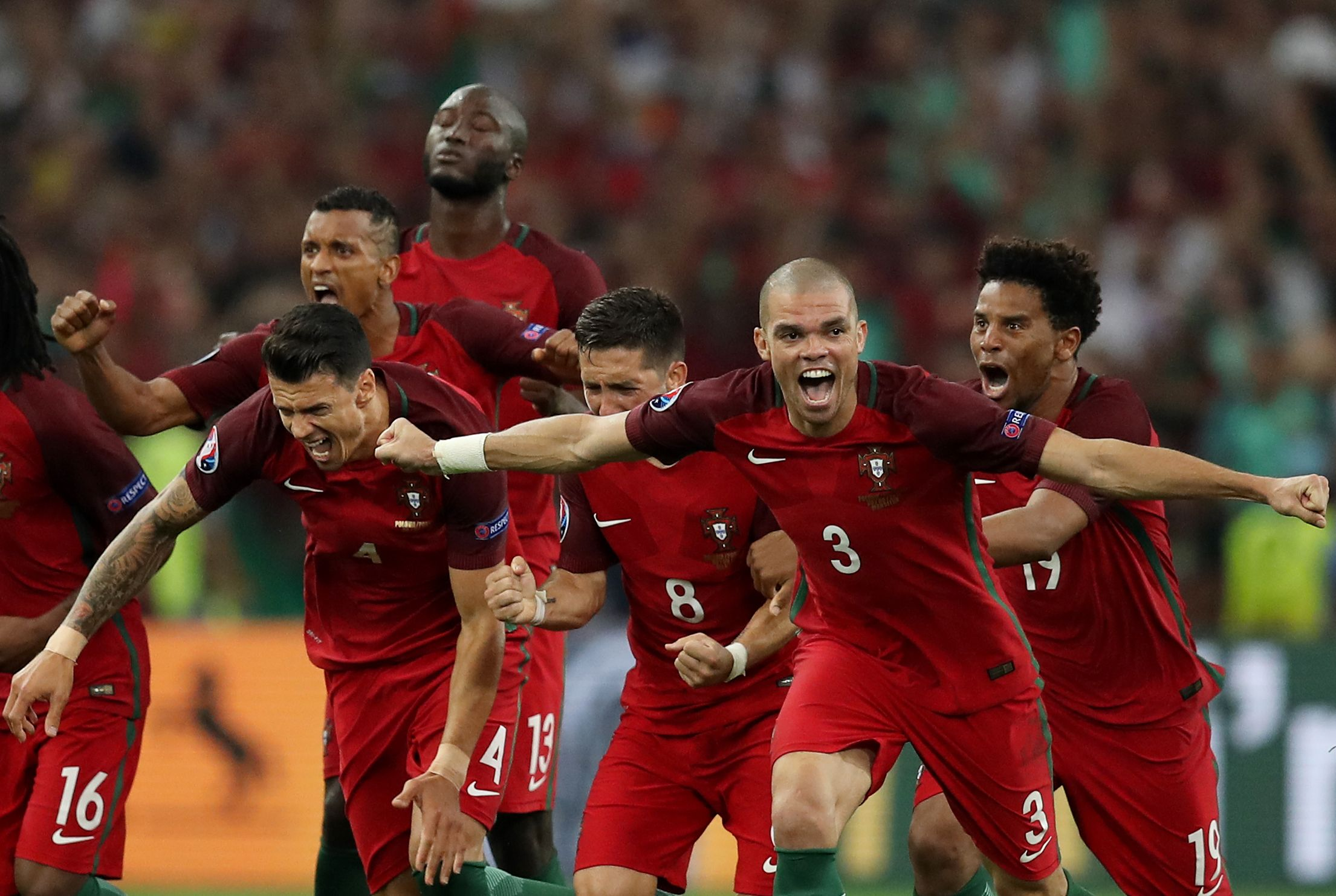 البرتغال تقترب من حلم طال انتظاره