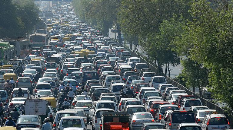دراسة : ضجيج حركة المرور يزيد من مخاطر التعرض للنوبات القلبية