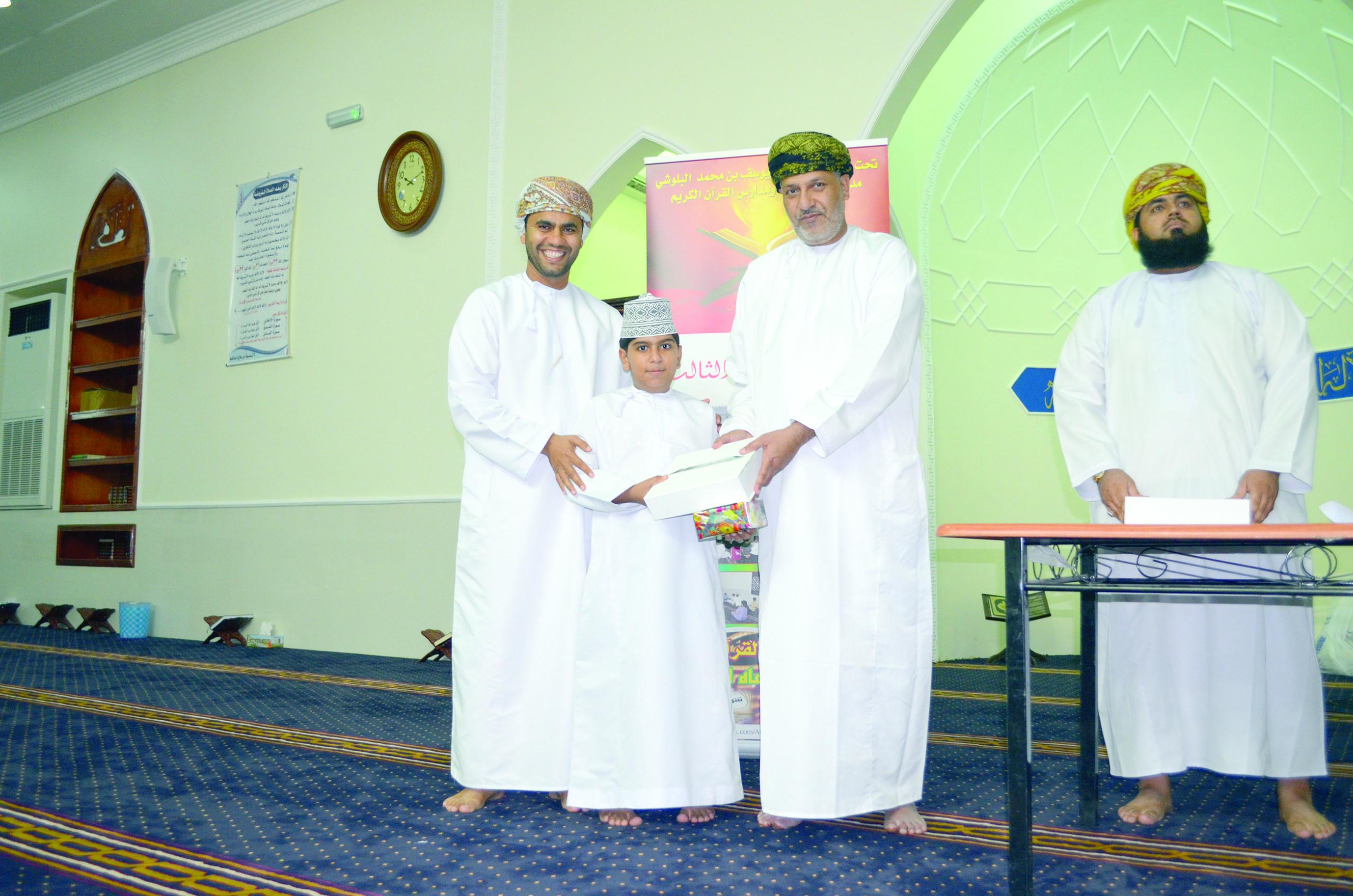 انطلاق المركز الصيفي لتحفيظ القرآن في الشرس بالمصنعة