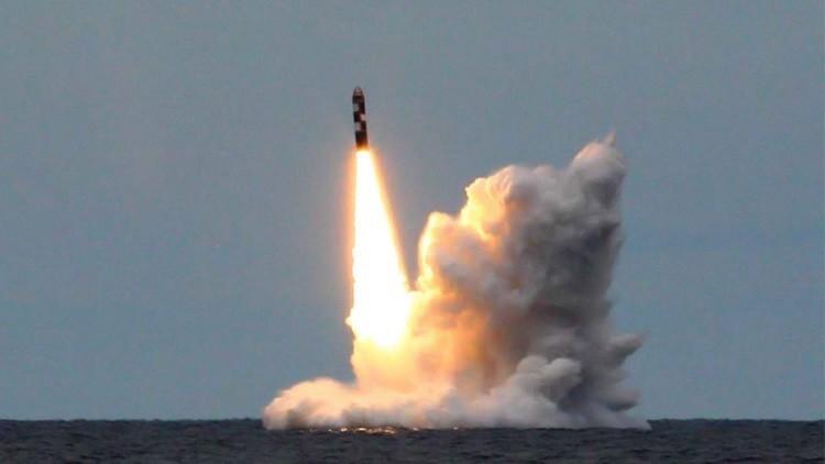 روسيا تصمم صاروخا باليستيا جديدا يطلق من الغواصات