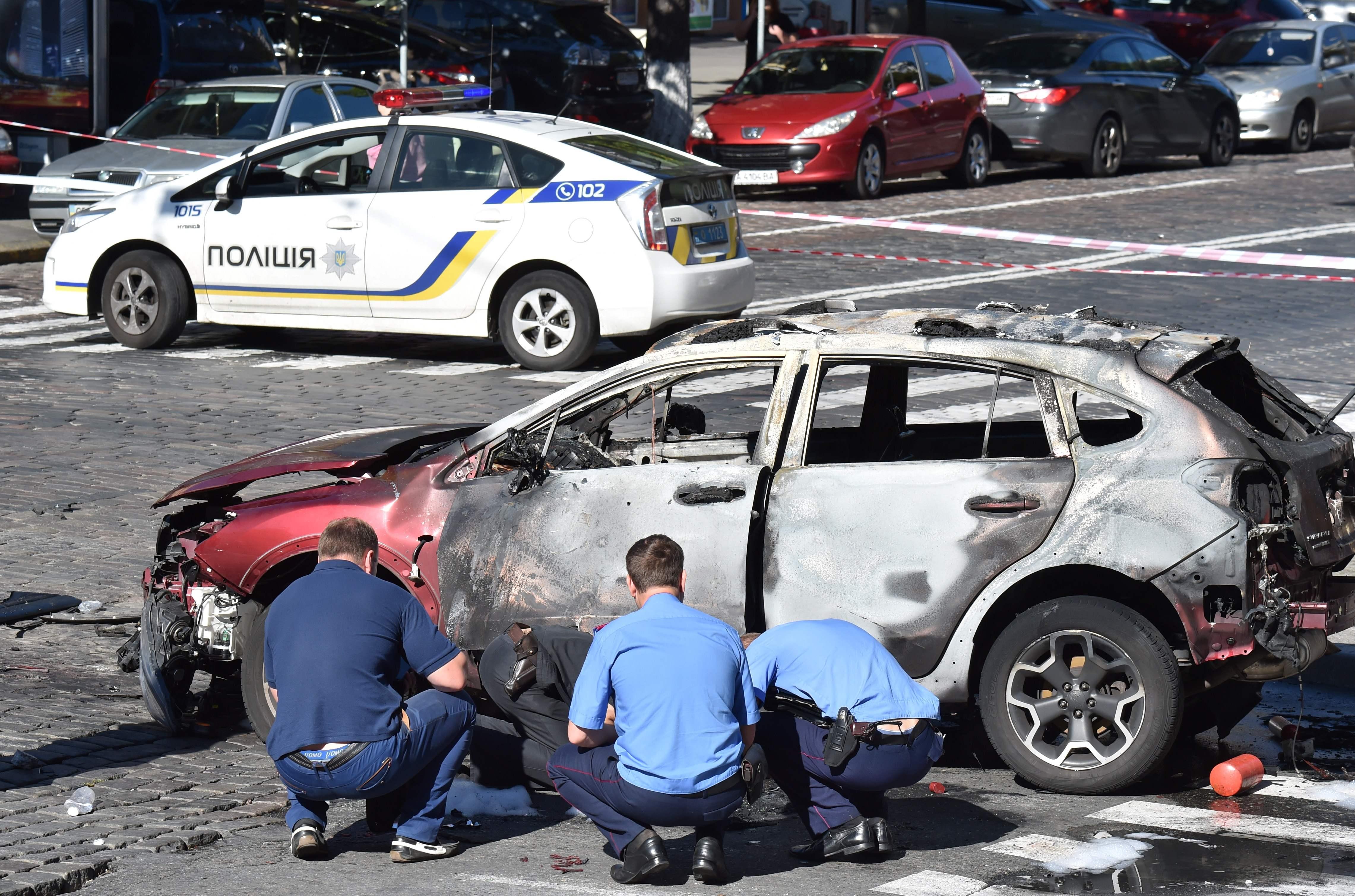 Ukraine sees ulterior motives after car bomb kills journalist Pavel Sheremet