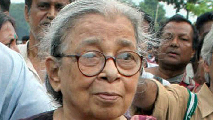 Thousands pay last respects to Mahasweta Devi