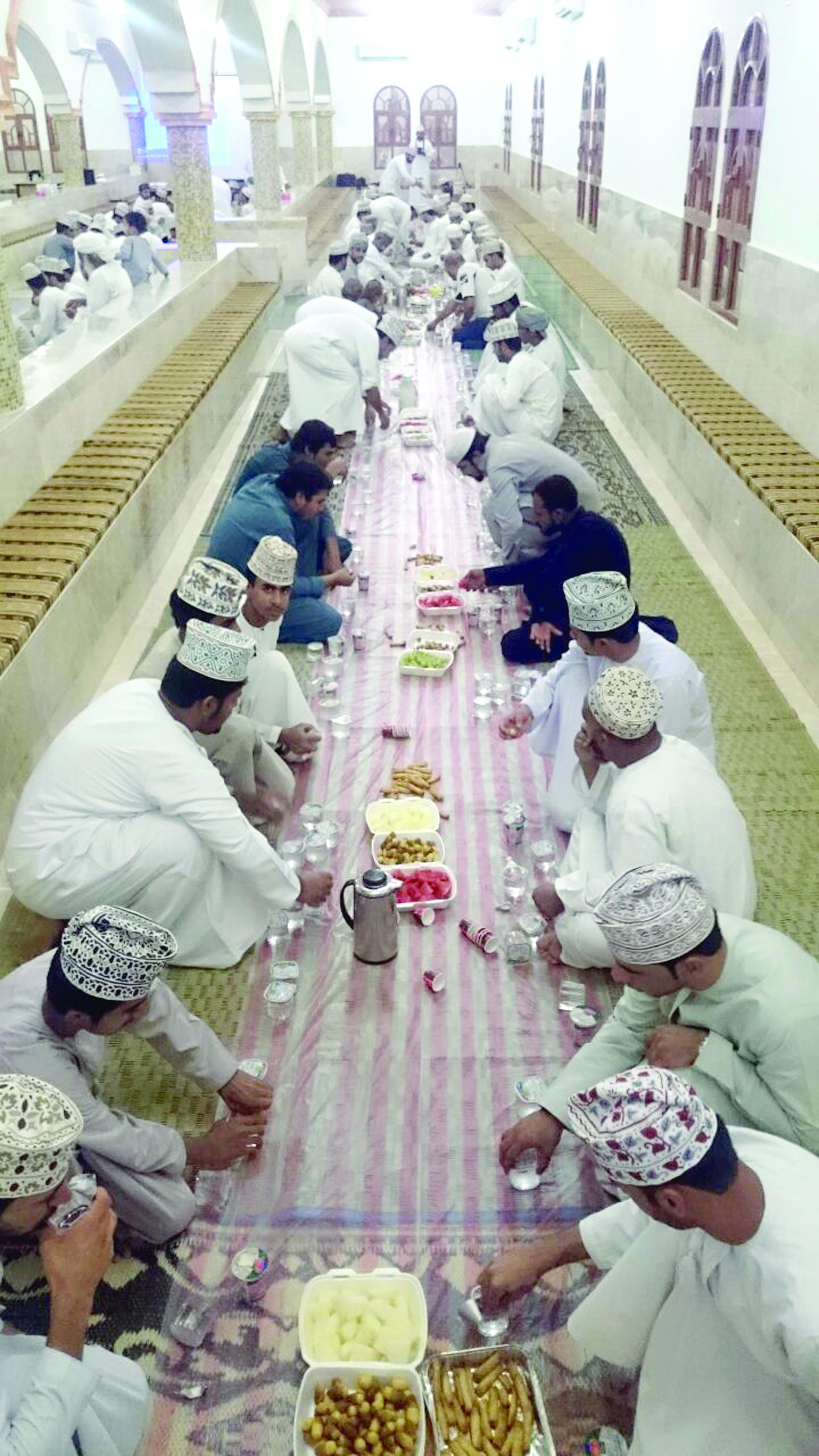 إفطار جماعي بوادي قريات