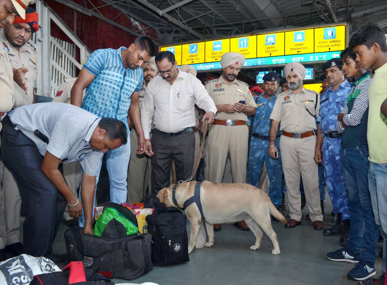 Hawk-eye vigil in Delhi, tight security in Jammu and Kashmir