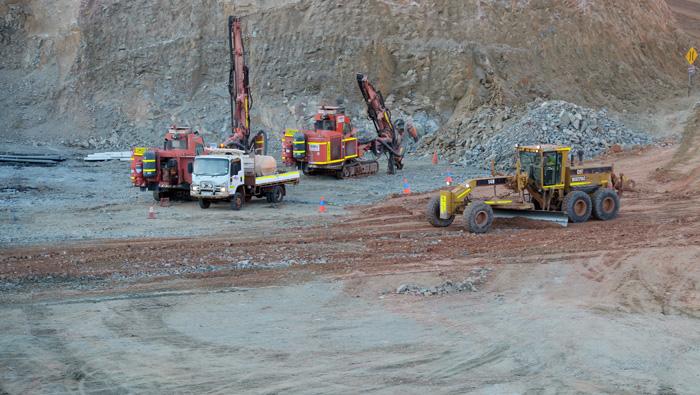 Nigeria seeks $7 billion to kick-start mines, steel industry