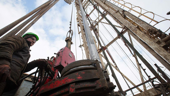 Russia shelves $5b deal as asset sales hit snag