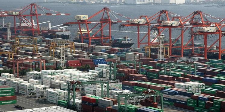 تباطؤ الاقتصاد الياباني وسط تراجع تاريخي للصادرات اليابانية