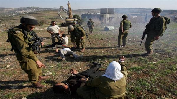 قوات الاحتلال تتوغل جنوب قطاع غزة