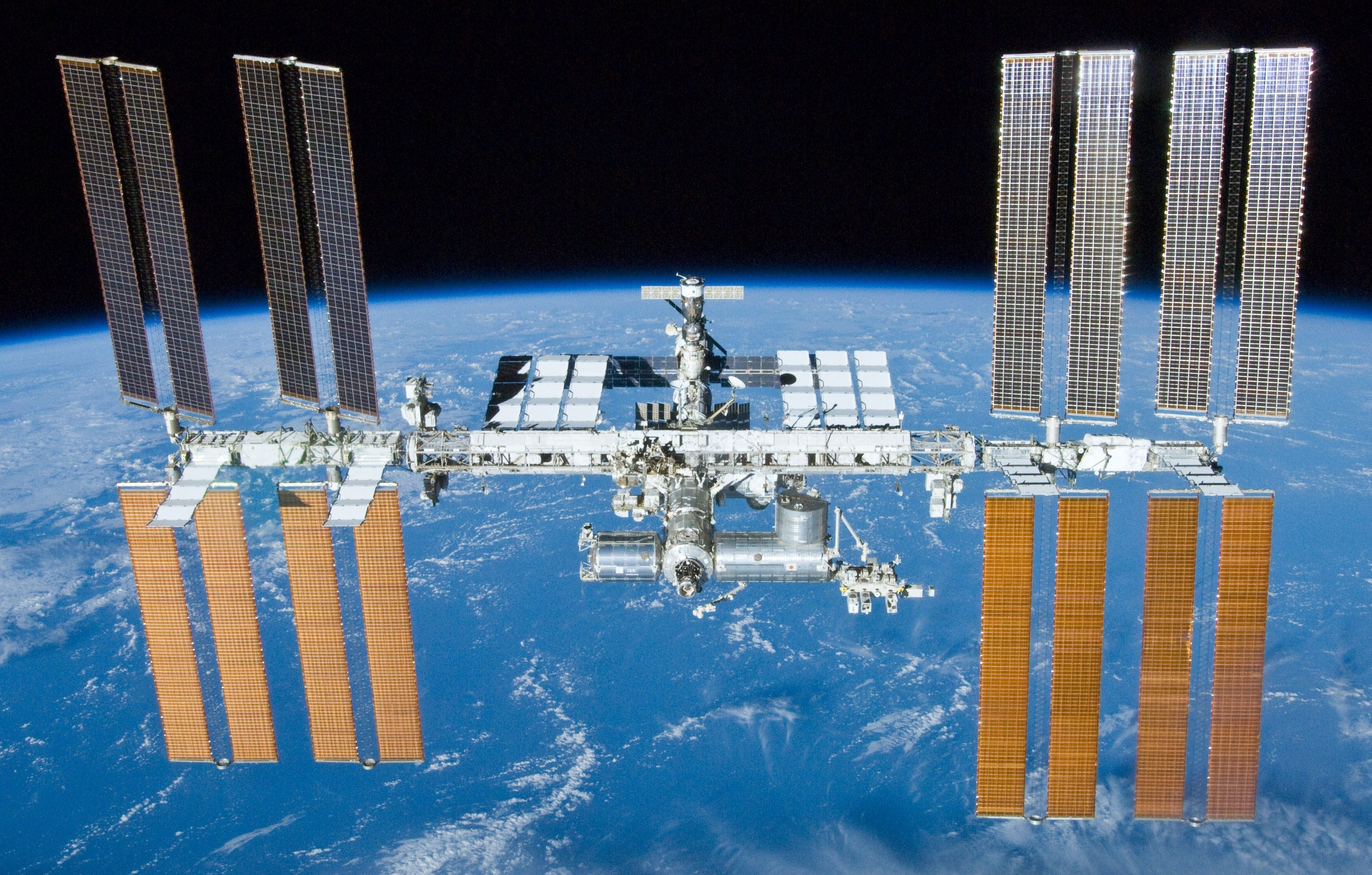 Space station will be over Oman on Saturday night