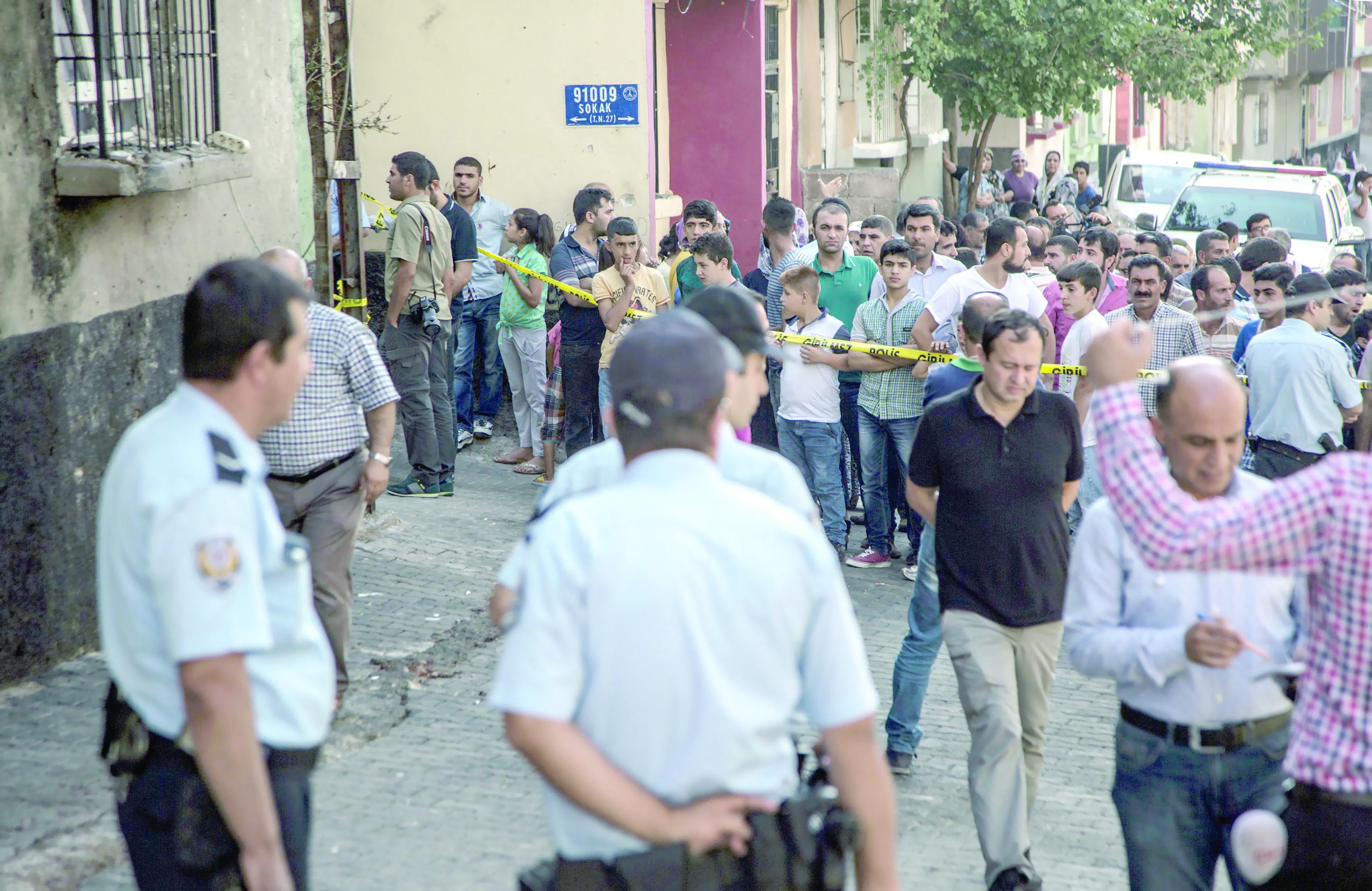 عشرات القتلى جراء تفجير غازي عنتاب واردوجان يتهم داعش