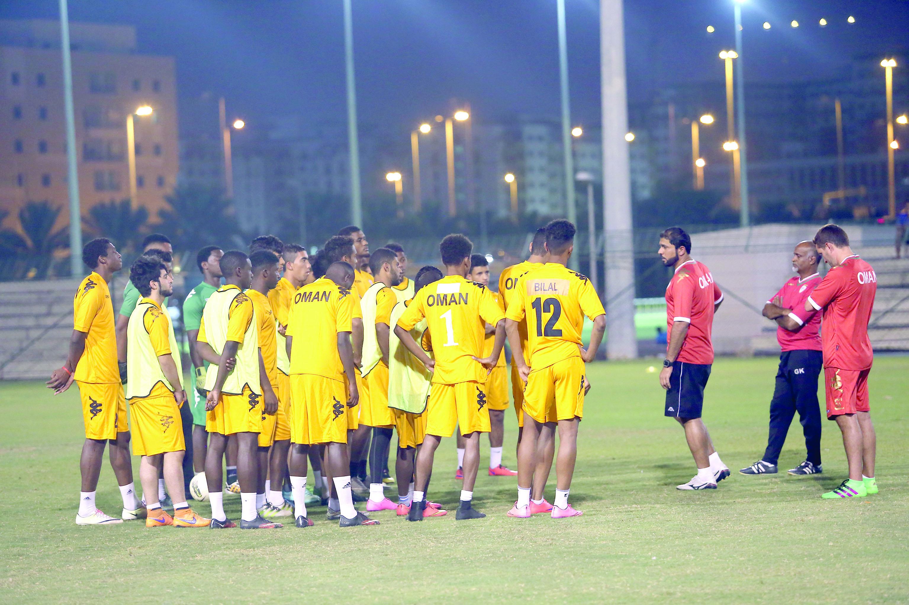 منتخبنا الأولمبي يغادر إلى الدوحة غدا للمشاركة في البطولة الخليجية