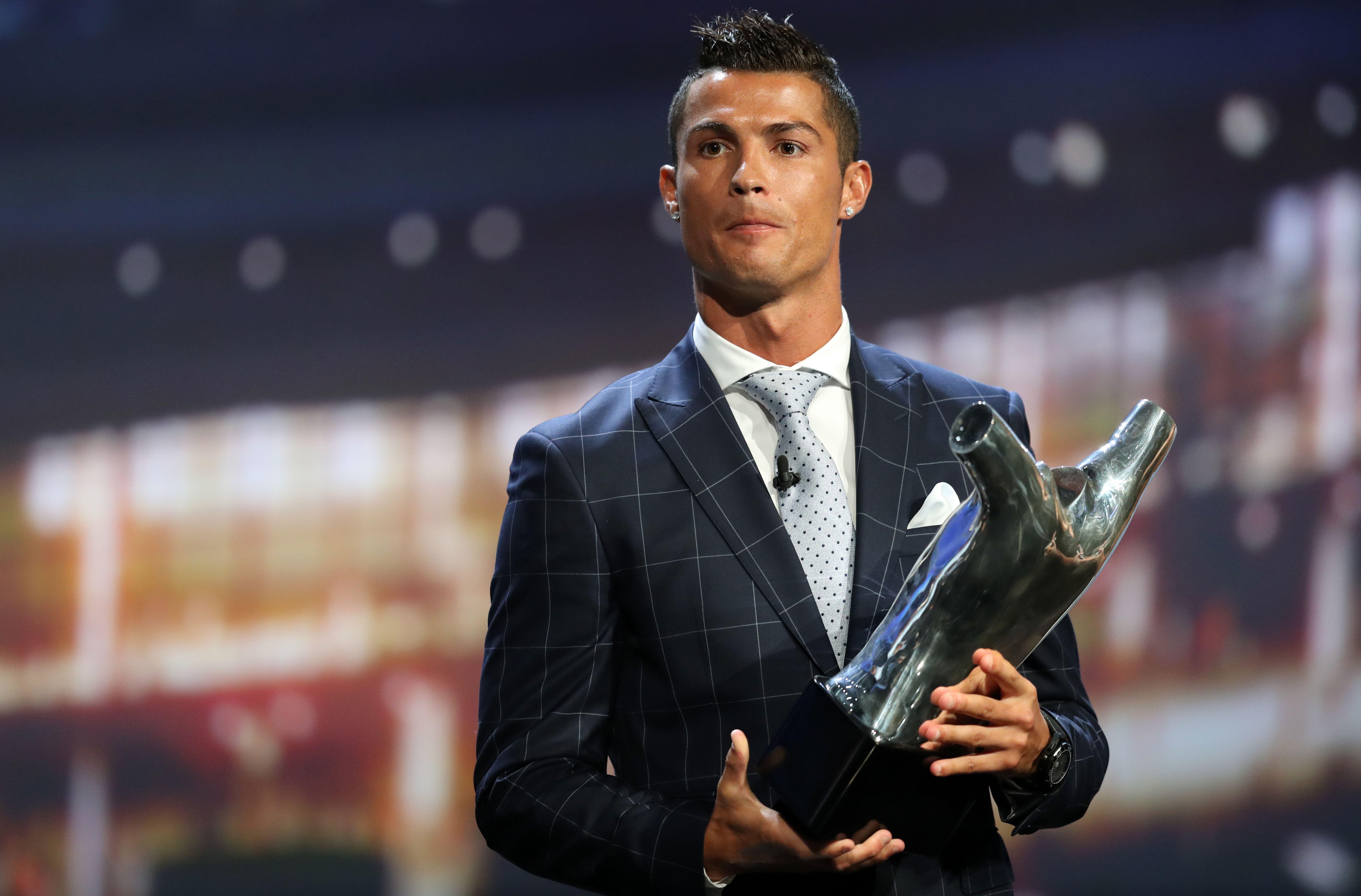رونالدو افضل لاعب في أوروبا