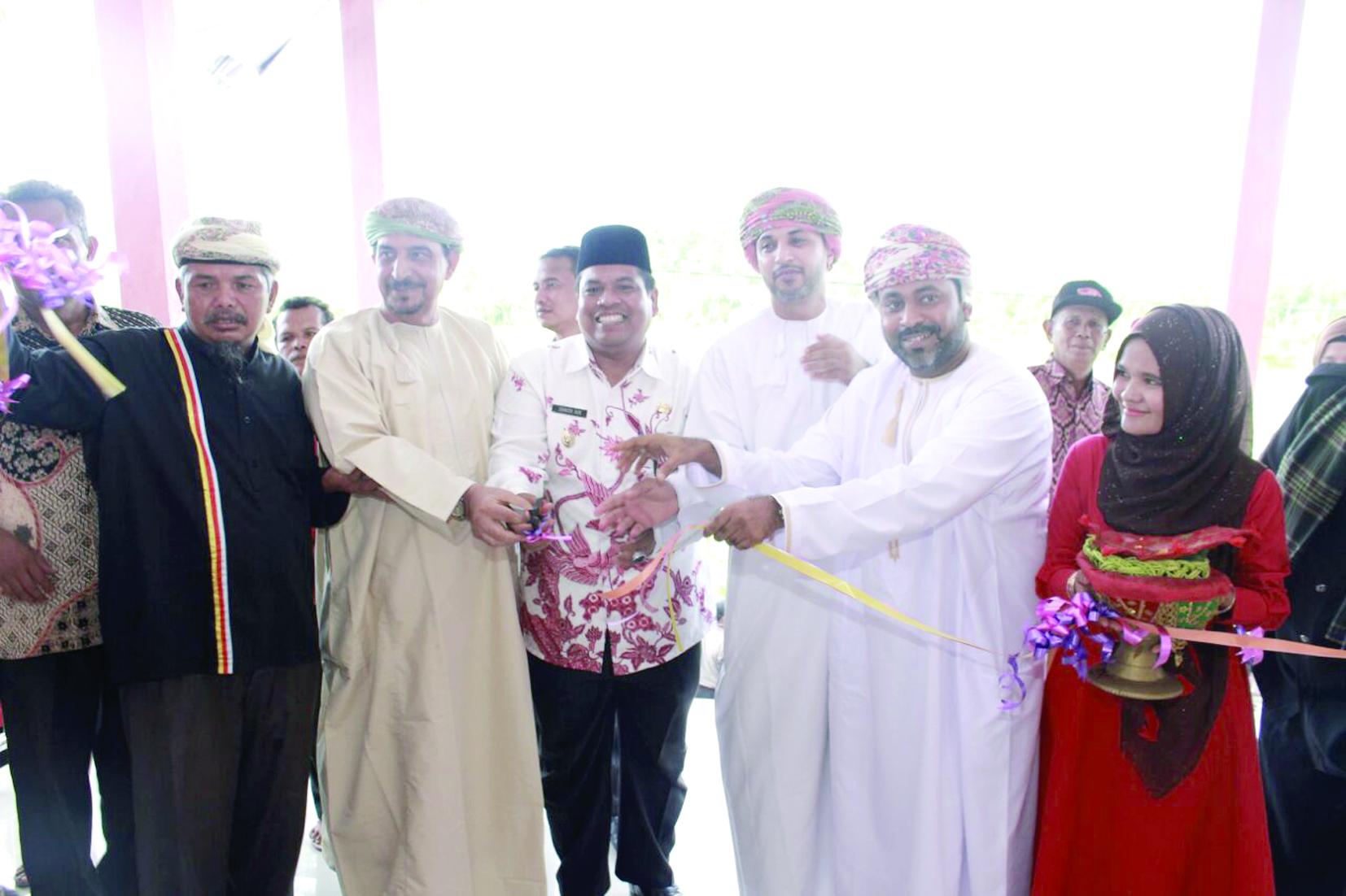 افتتاح القرية العمانية فيغرب سومطرة بإندونيسيا