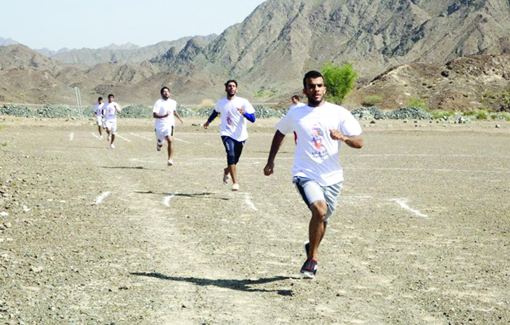يوم رياضي مفتوح لفريق الصقر بولاية سمائل ضمن برنامج صيف الرياضة 2016