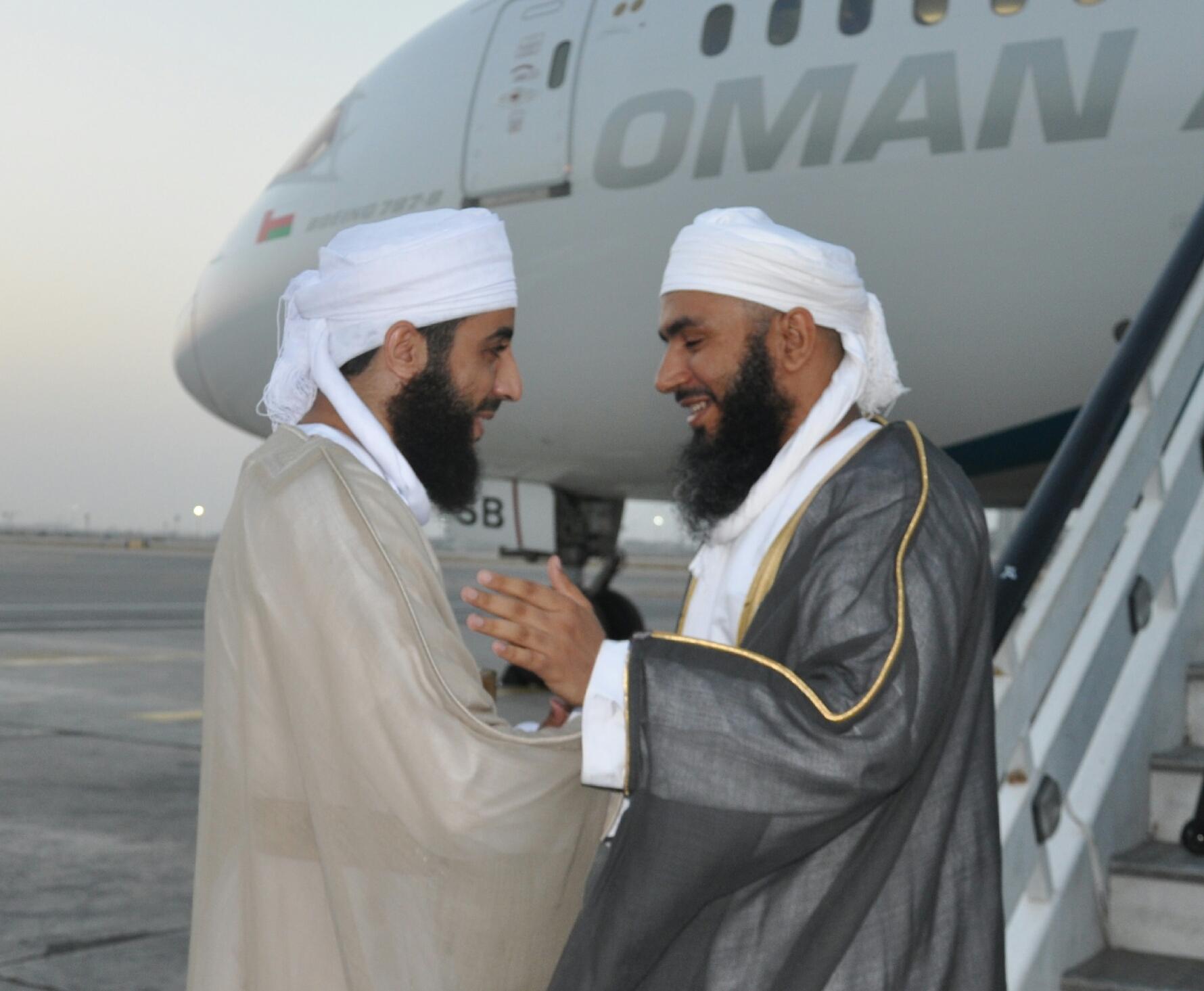 بعثة الحج العمانية تعود إلى البلاد