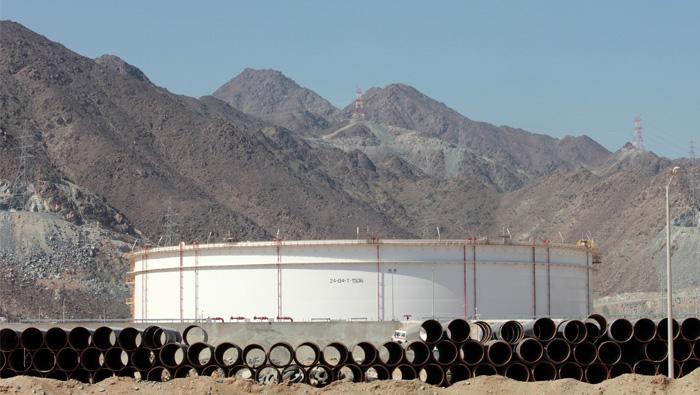 UAE oil port at Fujairah opens crude jetty to boost hub role