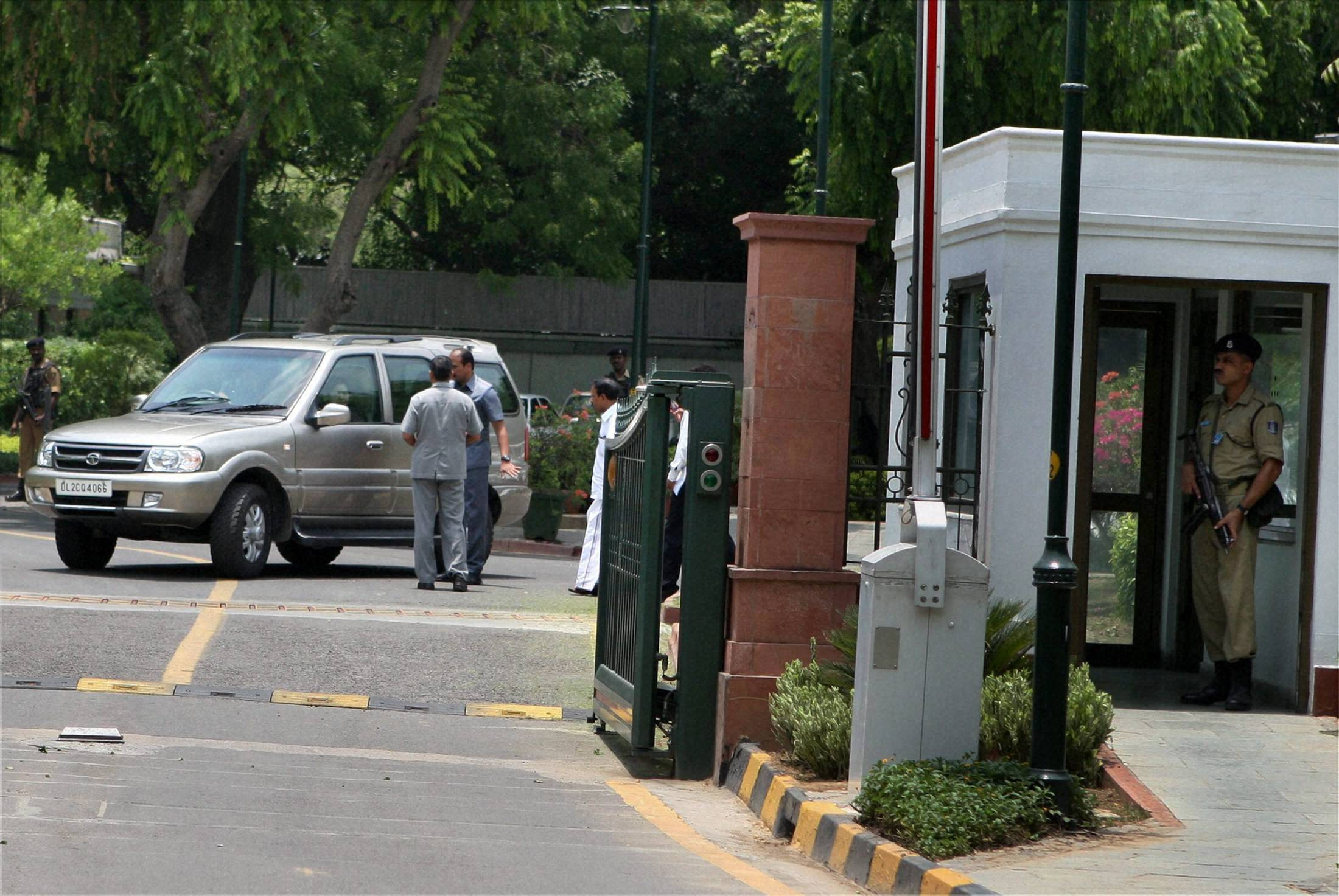 Iconic Race Course Road renamed as Lok Kalyan Marg