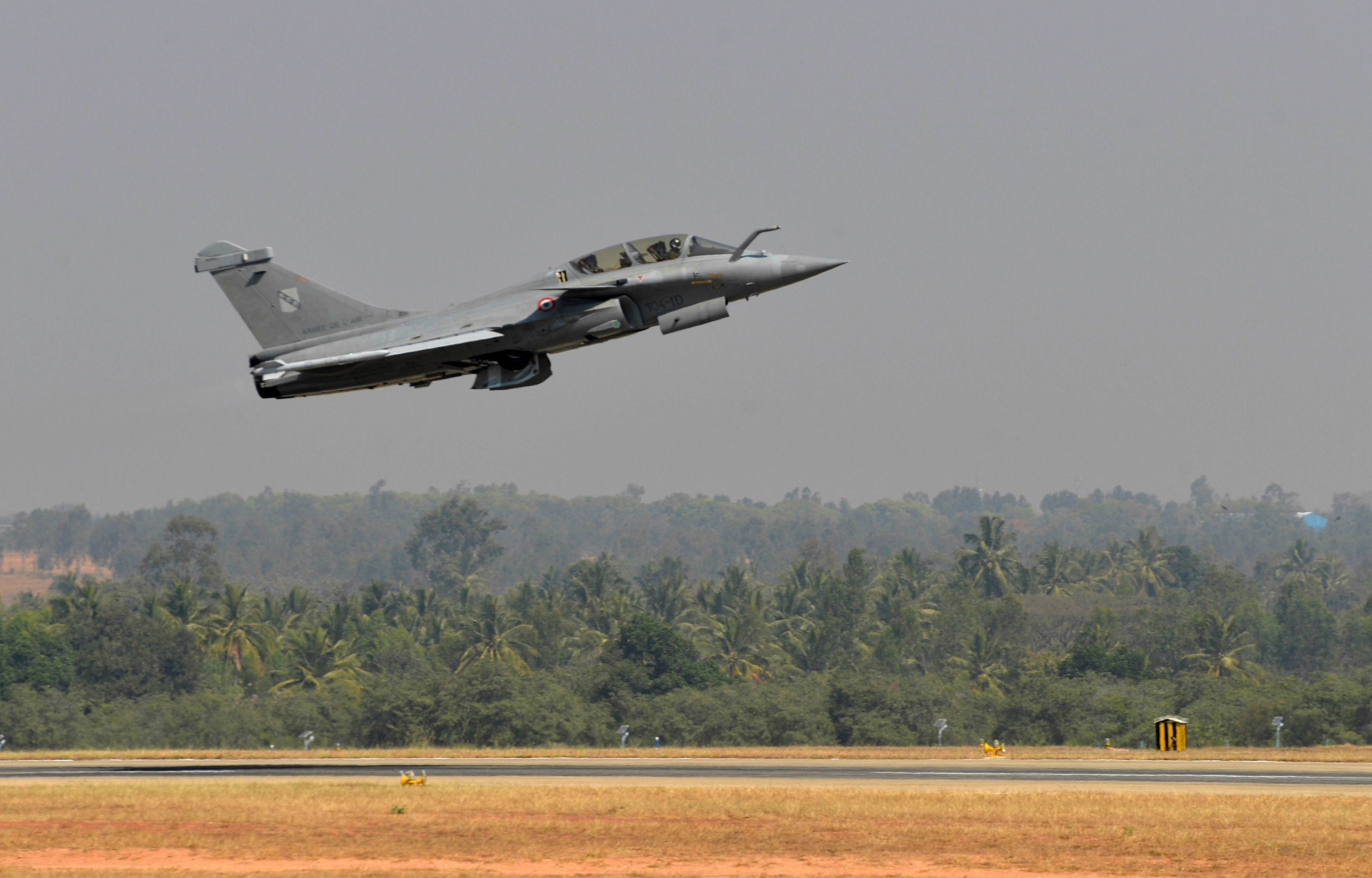 Rafale deal cleared, to be signed on Friday
