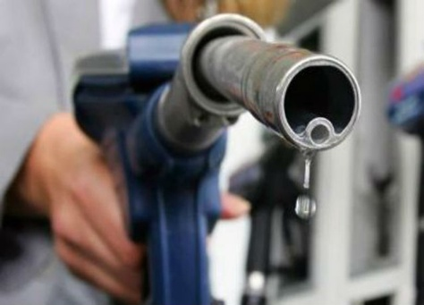القضاء الإداري الكويتية تلغي قرار الحكومة برفع اسعار الوقود
