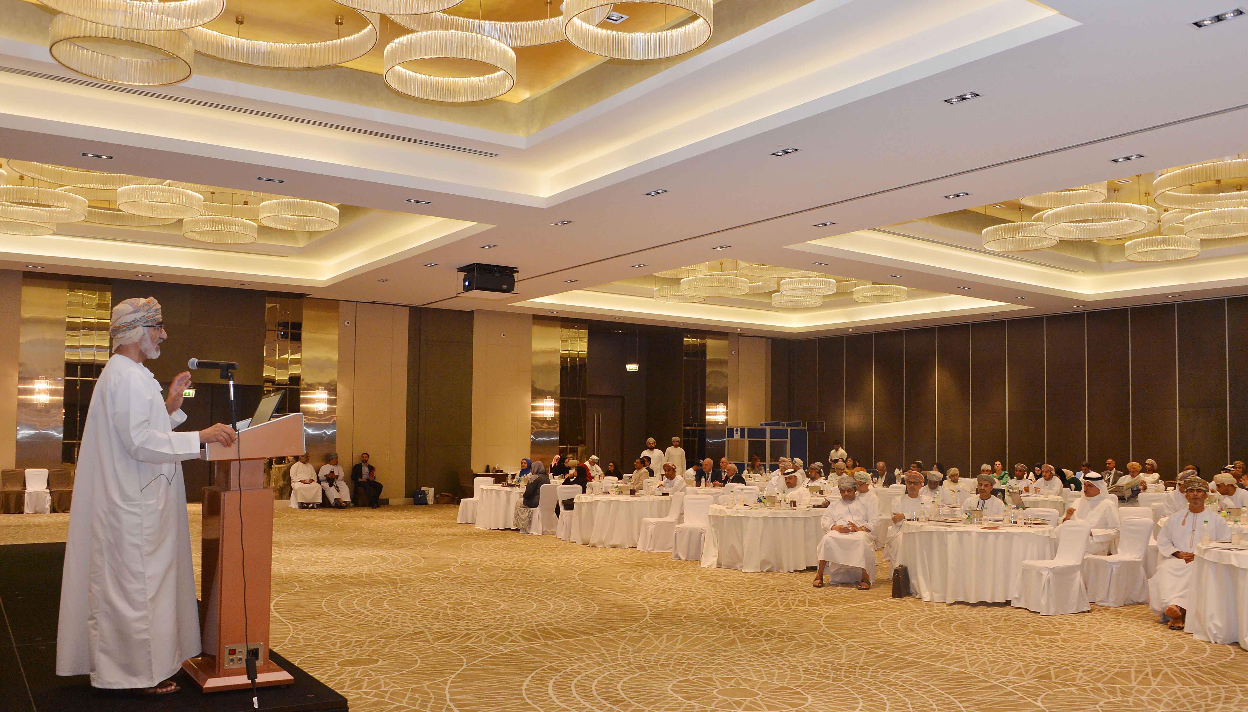 منتدى استثمر في عمان يواصل أعماله